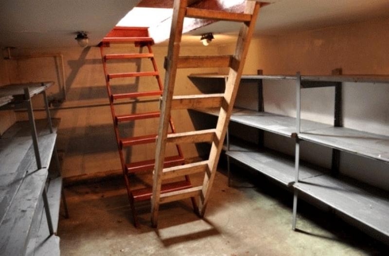 Как обустроить подвал в гараже своими руками