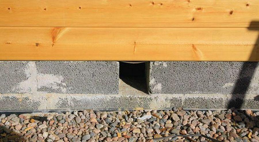 вентиляция деревянного пола через отверстия в фундаменте